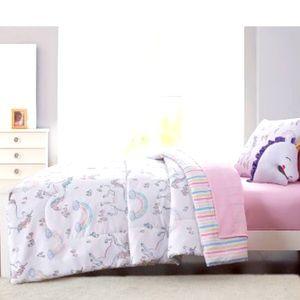 Olivia & Finn Bed-in-a-Bag Comforter Set